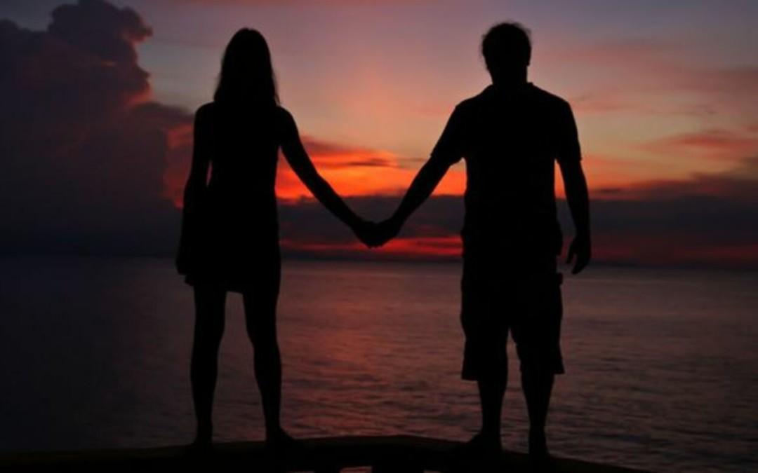 Parisuhteen paineet ja paineettomuus -mikä auttaa jaksamaan?